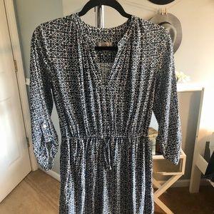 Great simple work dress!